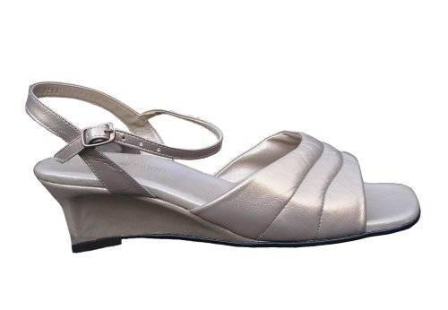 VS Leather Salon Women's Mestizo Omega wedge sandal