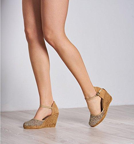 VISCATA Satuna Espadrille mit Beinstreckendem 7,5 cm Absatz, Handgefertigt in Spanien Beige