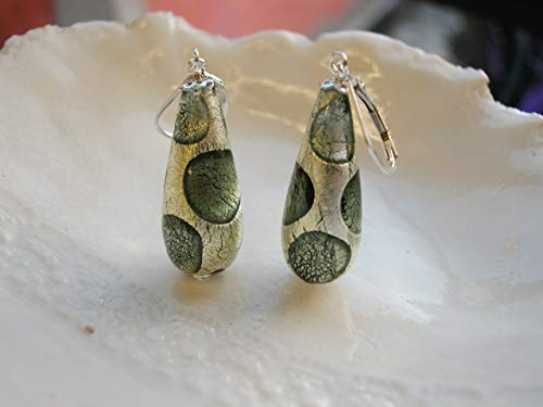 (Gray Teardrop Murano Glass Earrings)