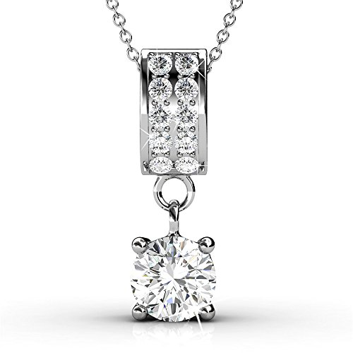 Cate & Chloe Monroe Legend Solitaire Pendant Necklace, Women's 18k White Gold Plated Necklace with a Solitaire Round Cut Swarovski Crystal, Silver Pave Stone Pendant Necklace for Women