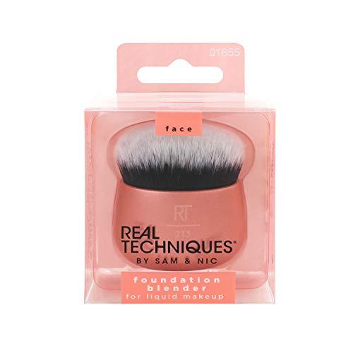 Real Techniques Foundation Blender Makeup Brush
