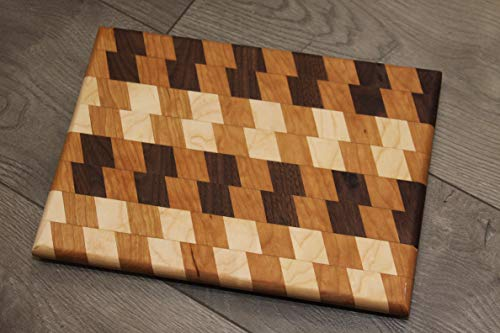 Blade Pattern Cutting Board (Design 1)