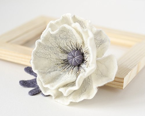 (White Flower Pin Gift for Wife Felt Poppy Handmade Jewelry Flower Brooch Trendy Winter Accessories Women's Gift Idea Poppies Broach Mother's Day Gift Original Christmas Gift Idea For Her Eco friendly )