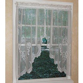 Curtain Chic Cameo Rose Swag, White