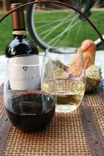 Govino Wine Glass Flexible Shatterproof Recyclable, Set of 4 by Govino (Image #6)