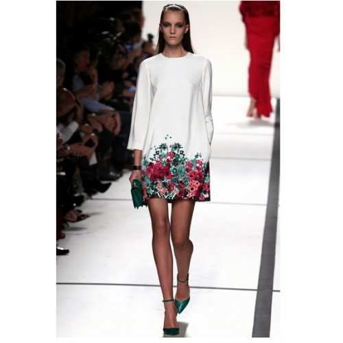 Robes ANGATRADE Damen Kleid Blanc Fleuri