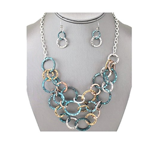 Boho Style Patina Hammered Circle Links Tri-Tone Antique Look Necklace ()