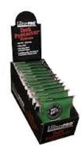 Ultra Pro PRO-MATTE (600 Count) Green Deck Protector Sleeves