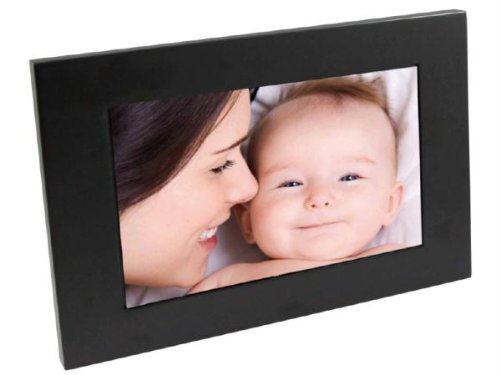 Edge 7-Inch Digital Photo Frame with MP3 Player