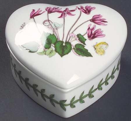 Portmeirion Botanic Garden Heart Shaped Box with Lid, Fine China Dinnerware