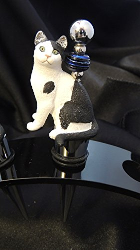 Kitty Green Eyes sitting Wine Stoppers Bar ware Cat Tabby Cat Lover - Kitty Cat Sitting
