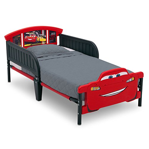 Delta Children 3D-Footboard Toddler Bed, Disney/Pixar Cars 3