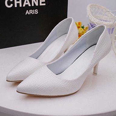Talones de las mujeres Zapatos Primavera Verano Otoño Invierno Club de tacón de aguja Casual Comfort PU Oficina Boda Carreras y vestido de noche Otros White