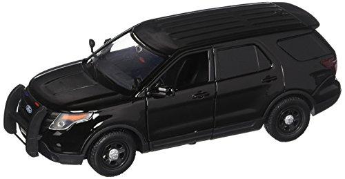 Motor Max 1:24 W/B 2015 Ford Police Interceptor Utility Diecast Vehicle