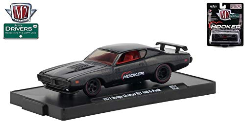 M2 Machines 1971 Dodge Charger R/T 440-6-Pack (Hooker) Auto-Drivers Release 57 - Castline 2019 Special Edition 1:64 Scale Die-Cast Vehicle & Custom Display Base (R57 18-44) ()