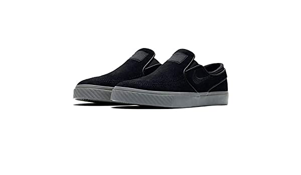 separation shoes f0b64 7ab3c Amazon.com   Nike SB Janoski Slip ON Black - 833564-008   Fashion Sneakers