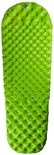 Sea to Summit Comfort Light Insulated Mat Sleeping Pad with Inflation Pump, Green, Regular (with Pumpsack)