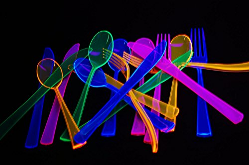 Assorted Neon Blacklight Reactive Heavy Duty 144 piece Plastic Cutlery Set with FREE UV -