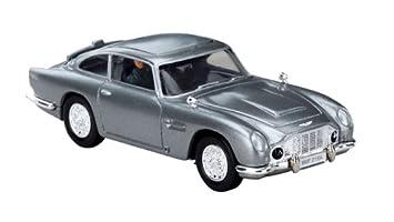 Corgi James Bond Aston Martin DB5 Thunderball & Figures: Amazon.co ...