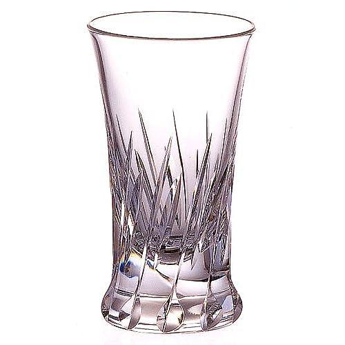 料亭からフレンチレストランまで、各界のプロが認めるガラス製品を手掛ける木村硝子店。日本の伝統が造り上げたショットグラスは透明度の高いクリスタルガラスを採用。シンプルモダンな逸品でショット飲みを楽しんでみては?