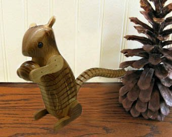 URC Online Wooden Squirrel, Ashake Squirrel Shape Toys, Assembling Toys, Wooden Squirrel, Wooden Animal Squirrel, Yellow Color Size 6 X 3 Inch by URC Online (Image #2)