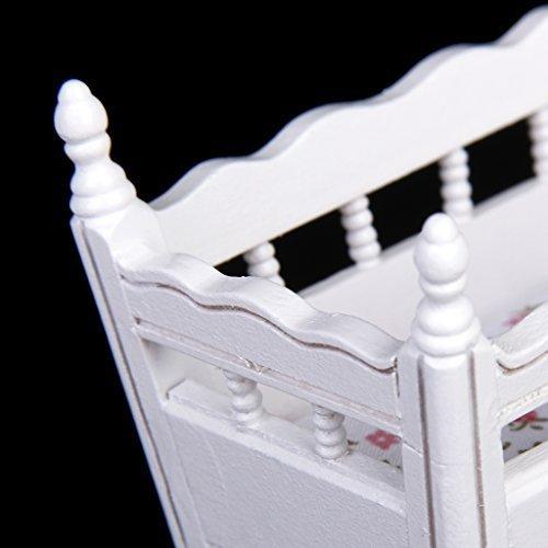 - J Blanc Myi 1//12/Maison de poup/ée miniature en bois Chambre denfant Berceau Lit B/éb/é