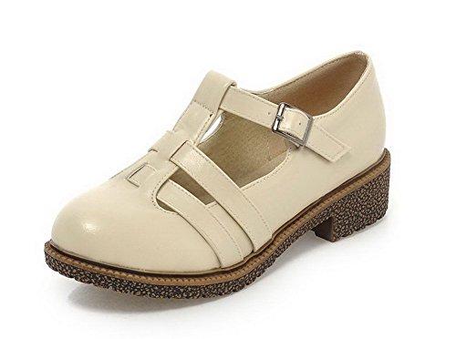AllhqFashion Damen Blend-Materialien Rein Schnalle Rund Zehe Niedriger Absatz Pumps Schuhe Cremefarben