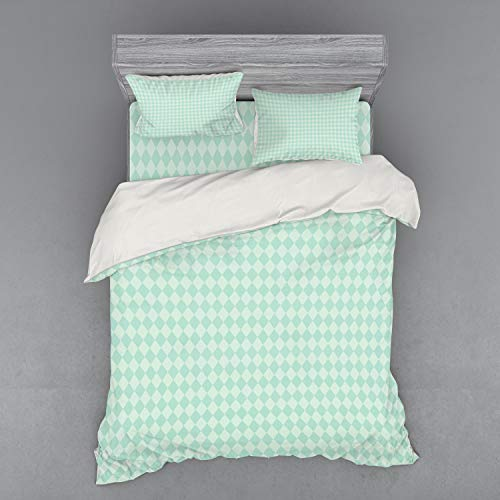 Lunarable Argyle Bedding Set, Soft Toned Pastel Diamond Shapes with Old Fashioned Vintage Argyle Motif, 4 Piece Duvet Cover Set with Shams and Fitted Sheet, Queen Size, Mint Green and Seafoam