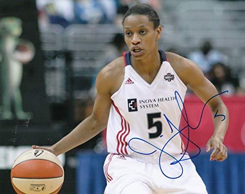 (JASMINE THOMAS signed (CONNECTICUT SUN) WNBA Basketball 8X10 photo W/COA #1 - Autographed WNBA Photos)