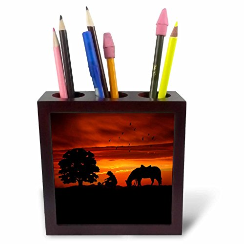 3dRose ph_173217_1 Cowboy Campfire with Horse on a Hill at Sunset Has a Western Feel Tile Pen Holder, 5