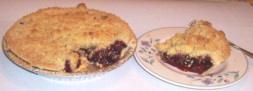 Scott's Cakes Strawberry Crumb Pie