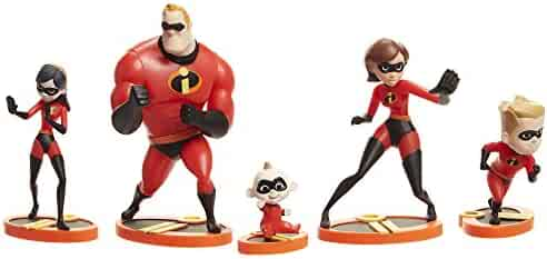 The Incredibles 2, 5 Piece Family Figure Set comes with (Mr./Mrs. Incredible, Violet, Dash, Jack Jack)
