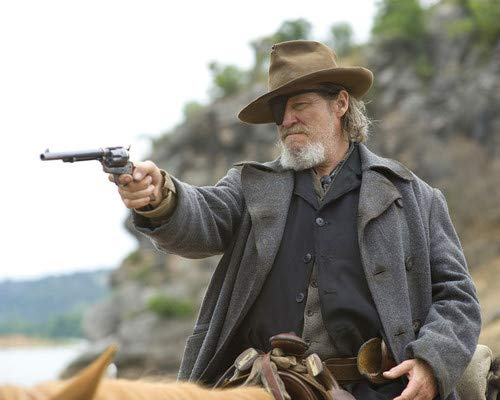 Jeff Bridges in True Grit pointing gun as Rooster Cogburn eye patch 11x14 Promotional Photograph