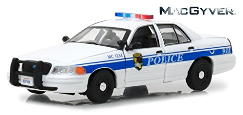 2003 Ford Crown Victoria Police Interceptor (California Police) from MacGyver 2016 TV Series 1/43 Diecast Model Car by Greenlight (2003 Ford Police Interceptor)