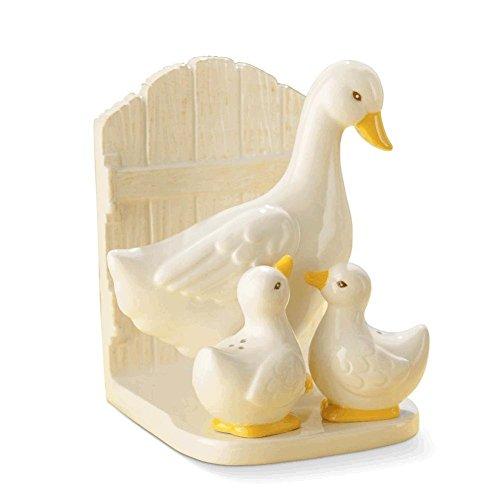 Grasslands Road Duck Napkin Holder With Salt & Pepper Shakers Gift Set]()