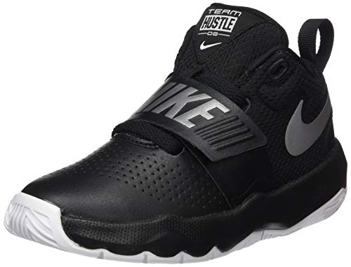 Nike Boys' Team Hustle D 8 (PS) Basketball Shoe, Black/Metallic Silver-White, 1Y Regular US Little Kid