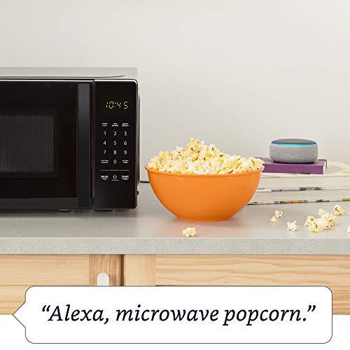 AmazonBasics Microwave, 0.7 Cu. Ft, 700W, Works with Alexa by Amazon (Image #3)