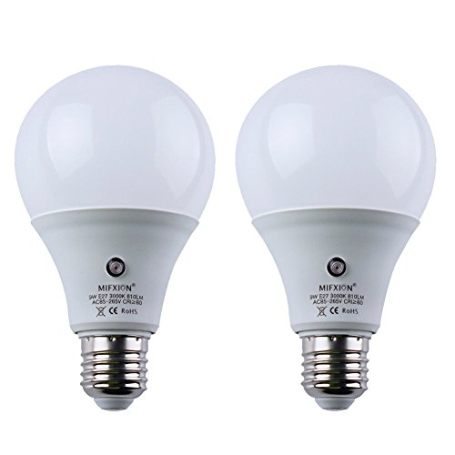 Dusk to Dawn Sensor Lights Bulb, 9W Smart LED Bulbs with Photosensor Detection Auto Switch Energy Saver, Indoor/Outdoor Lighting Lamp for Porch, Hallway, Patio, Garage 2-Pack Warm White ()