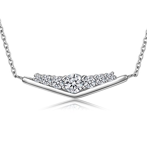 The Kiss Shimmering Triangle 925 Sterling Silver Pendant Necklace 18