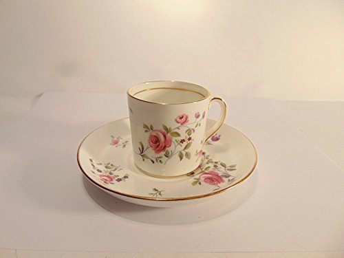 Victoria/Crown Fine Bone China Tea Cup & Saucer Set - Pink Roses with Gold ()