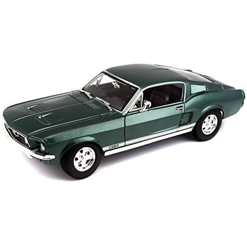 Maisto BBurago France - M31166 - Véhicule miniature - Ford Mustang GTA Fastback 1967 - Échelle 1/18 - Couleur aléatoire