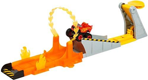 Stunt Track (Fisher-Price Nickelodeon Blaze & the Monster Machines, Blazing Stunts Track Set)