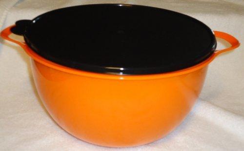 Tupperware 42 Cup Thatsa Mega Bowl in Orange w/ Black Lid -