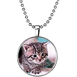 Winter's Secret Circle Shape Luminous Animal Pendant Personality Cat Alloy Noctilucent Necklace