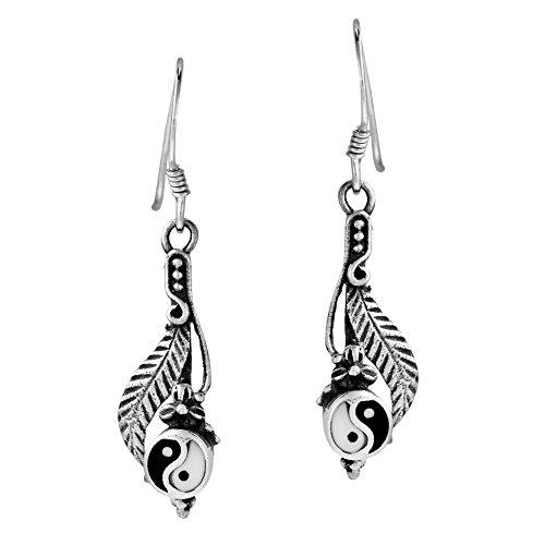 (.925 Sterling Silver Enamel Yin Yang Oriental Style Dangle Fish Hook Earrings)