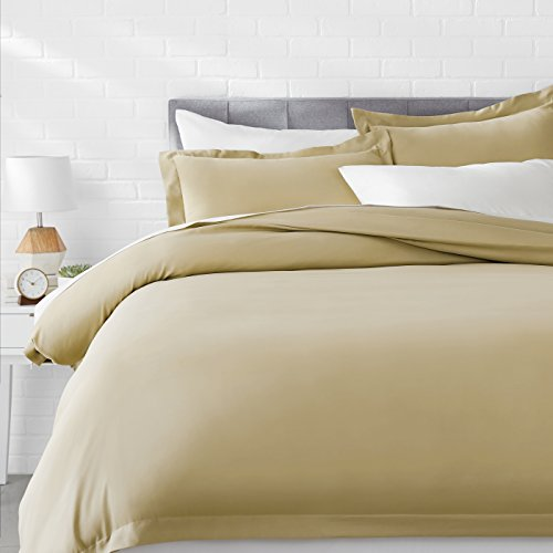AmazonBasics Microfiber Duvet Cover Bed Set, Lightweight and Soft, King, Olive