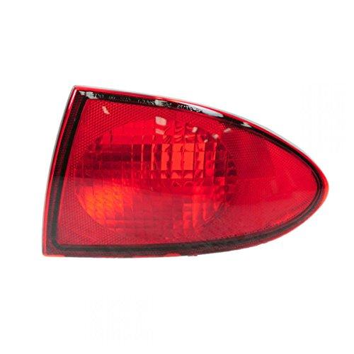 llight Lamp RH Right Passenger Side for 00-02 Chevy Cavalier ()