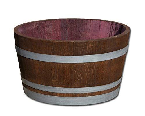 Barril en madera de roble cortado por la mitad, macetero para ...