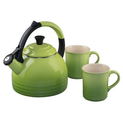 (Le Creuset Enamel-On-Steel Kettle and Mug Gift Set,)