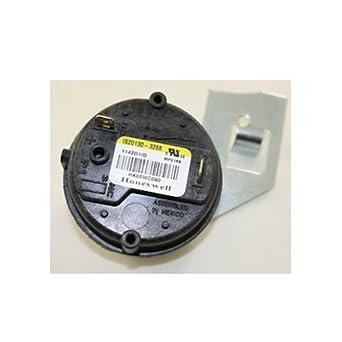 TRIDELTA FS6746-1511 Furnace Pressure Switch 20J8801
